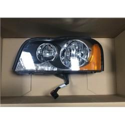 Volvo XC90 02- lukturis L H7 H7 elektro VALEO balts pagrieziens 31290886, 044477